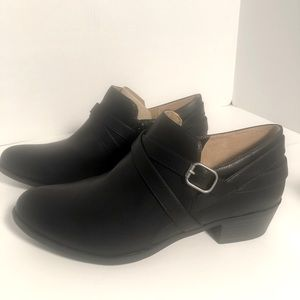 Life Stride Avery Black memory Foam Size 9.5 Boots